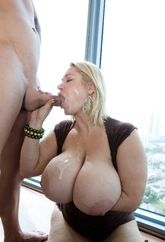 Fat mom handjob