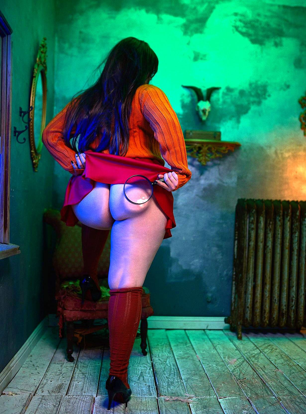 big_ass cosplay high_heels scooby-doo skirt_lift stockings thighs velma_dinkley