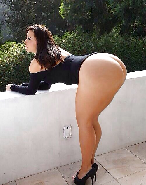 Thick girls bending over naked amateur