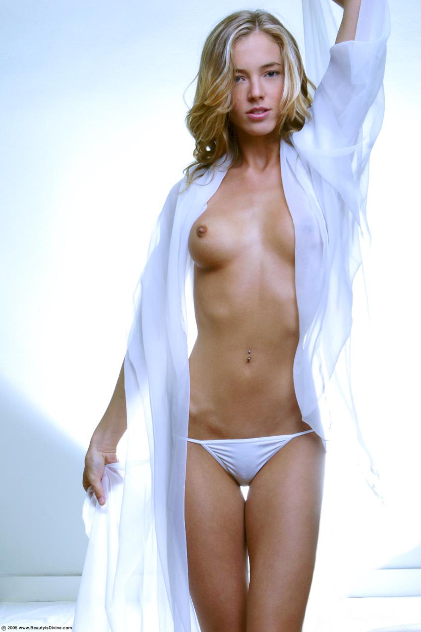 Alessandra ambrosio nude fucking, pimple on your anus